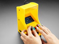 Cupcade: the Raspberry Pi-Powered Micro Arcade Cabinet Kit