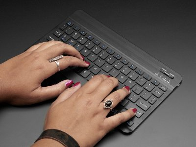 "10"" Bluetooth Keyboard ? Black"